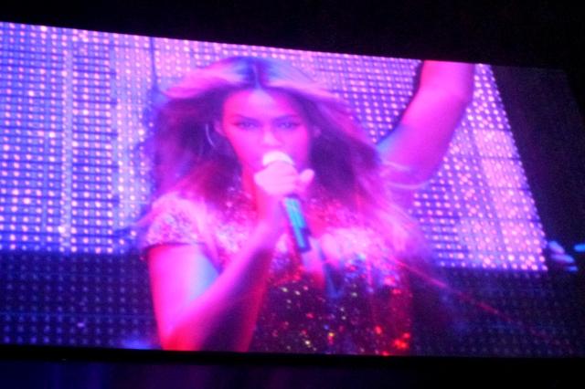 Beyoncé Mrs. Carter World Tour