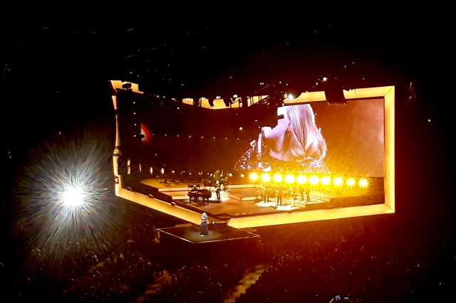 Adele live in Cologne 2016