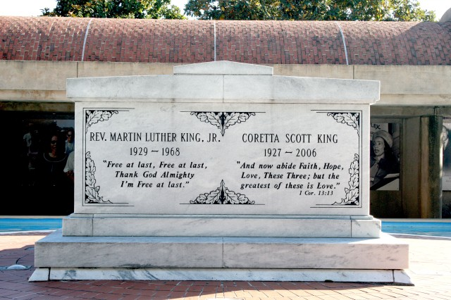 Martin Luther King Jr. Grave Atlanta